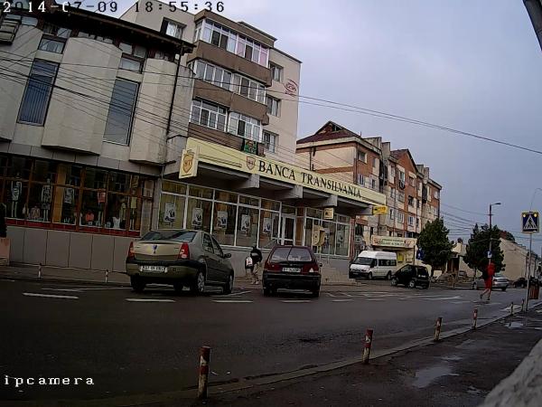 Camera IP 1.3 Megapixel HD de exterior Fortezza AA-IP13MA2LA-big